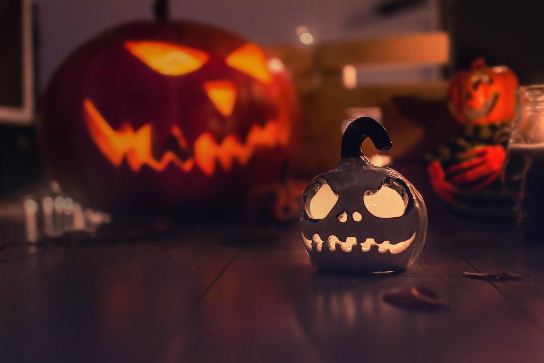 Kaip saugiai atšvęsti Heloviną: iššūkių kelia žvakės ir socialinis atstumas