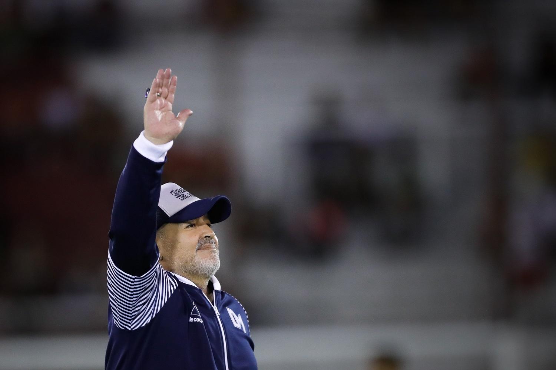 D. Maradona palaidotas kapinėse prie Buenos Airių šalia tėvų