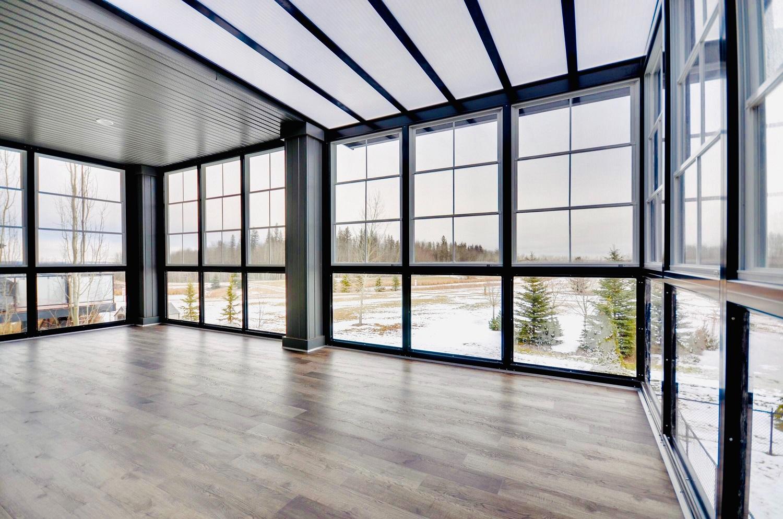 Žinovas pataria: kaip išsirinkti geriausias grindis savo būstui