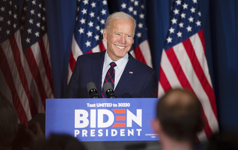 """J. Bideno žinutė pasaulio lyderiams: """"Amerika sugrįžo"""""""
