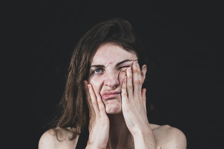 Kaip šiuo metu prižiūrėti veido odą: specialistės išvardijo svarbias kosmetikos sudedamąsias dalis