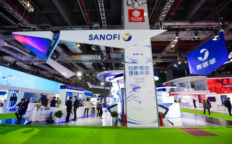 """""""Sanofi"""" vadovas: bendrovės kuriamos vakcinos nuo COVID-19 nereikės laikyti –70 laipsnių Celsijaus temperatūroje"""