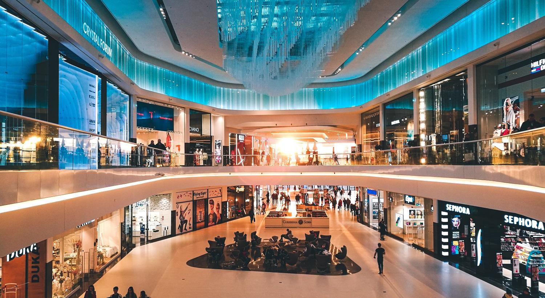 Kaip saugiai apsipirkti: prekybos centrai atskleidė, kada pirkėjų būna mažiausiai
