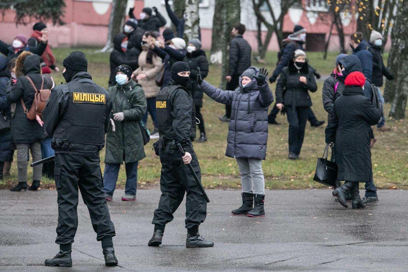 Europos Parlamentas dar kartą pasmerkė brutalius Baltarusijos valdžios veiksmus