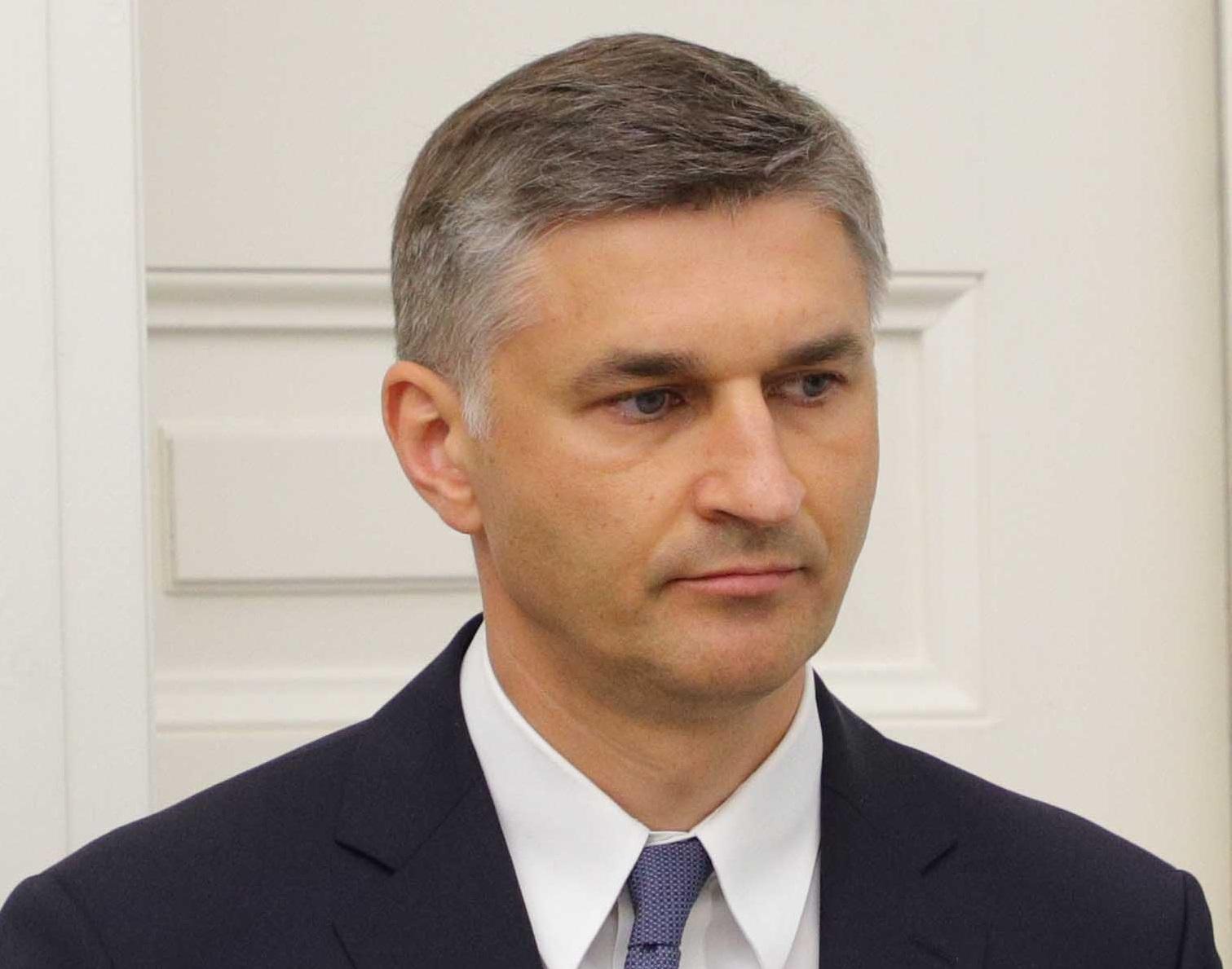"""J. Neverovičius apie """"Grigeo Klaipėda"""" taršos skandalą: gamtai padaryta žala turi būti atlyginta, o teršėjas negali išvengti atsakomybės"""