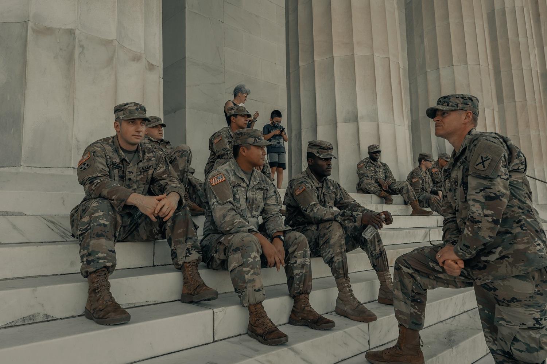 JAV atšaukė draudimą kariuomenėje tarnauti translyčiams