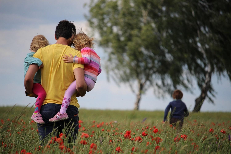 Investicija į vaikų ateitį: žinoma mama atskleidė, ką būtina žinoti