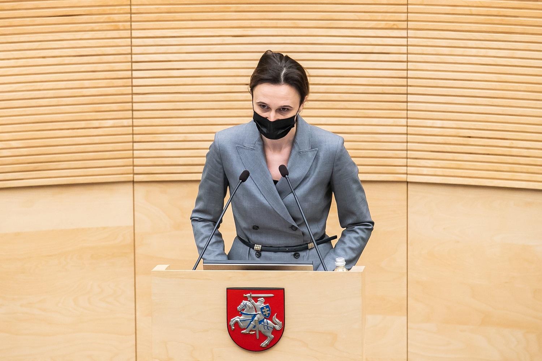 V. Čmilytė-Nielsen: nutraukti karantiną gali padėti tik sklandus vakcinavimo procesas