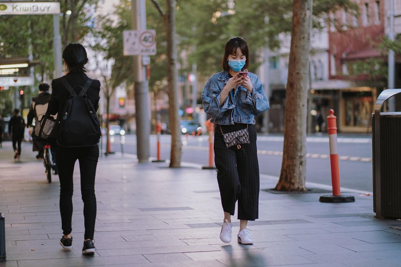 PSO: COVID-19 infekcijų skaičiai pasaulyje vėl auga