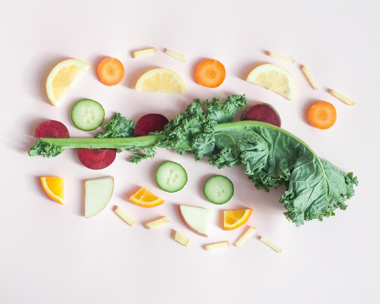 Vaisių ir daržovių laikymas namuose: ką laikyti šaldytuve, o kam tinka kambario temperatūra?
