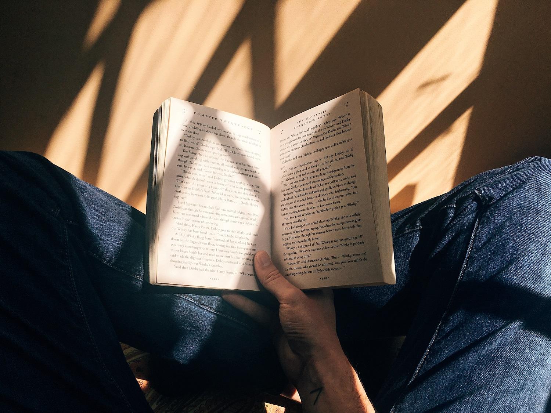 Gydyti gali ir skaitymas