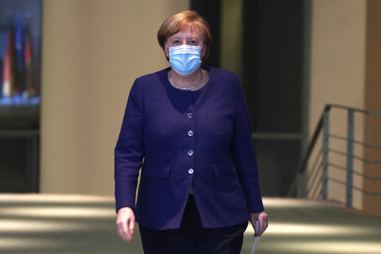 Po pralaimėjimo regioniniuose rinkimuose, A. Merkel partija patiria krizę