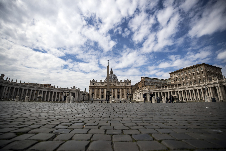 Vatikanas: dėl pandemijos mažinamos kardinolų ir tarnautojų algos