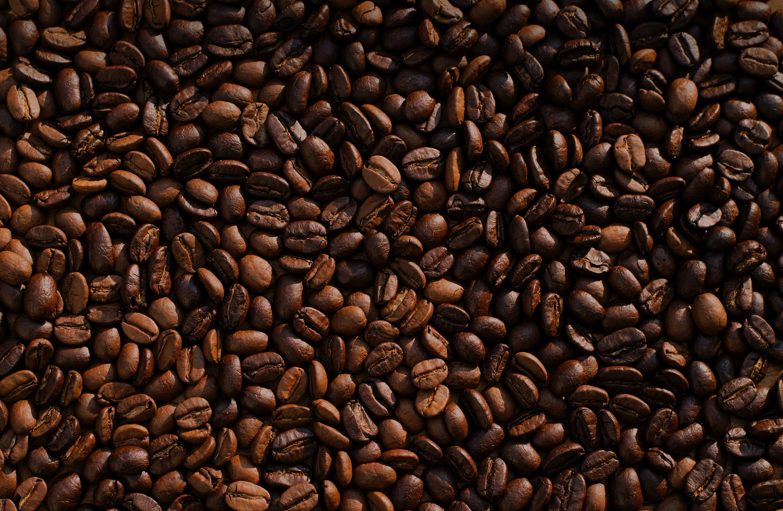 Ar kava be kofeino gali prilygti tikrai kavai?
