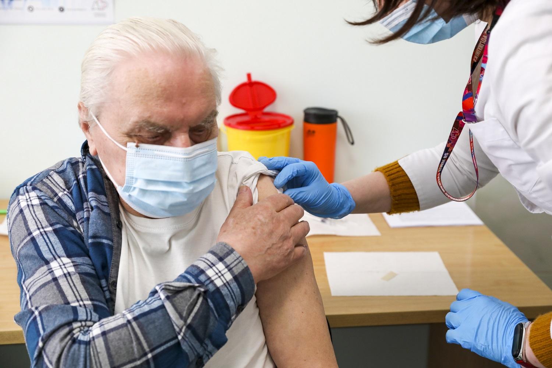 Vyriausybės kanclerė: masinė vakcinacija turėtų prasidėti iki birželio 1 d.