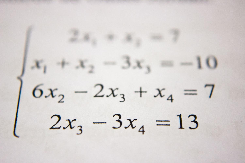 Balandžio 12–13 dienomis abiturientai gali pasitikrinti matematikos žinias nuotoliniu būdu