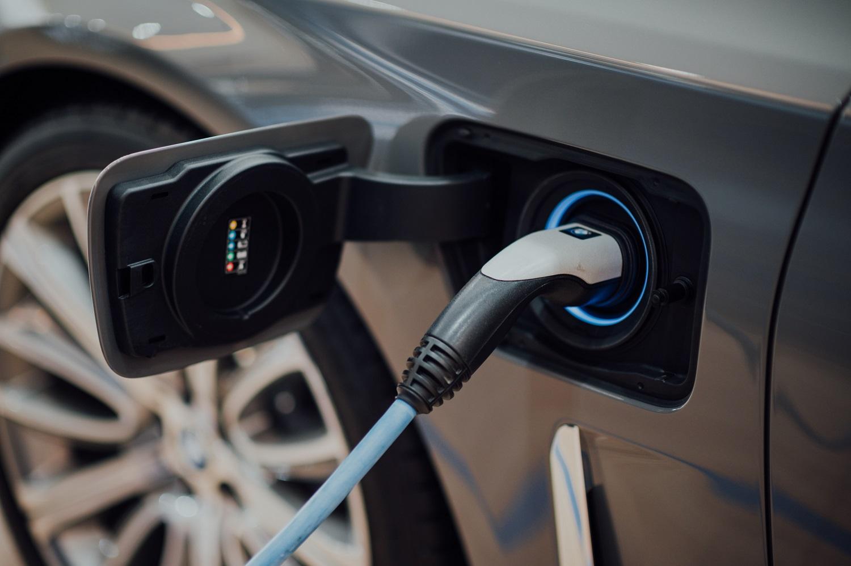 5 įdomūs faktai apie elektromobilius