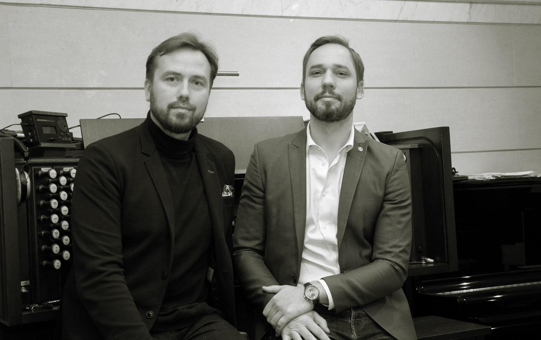 """Gyva muzika grįžta į Paliesiaus dvarą: tylą nutrauks J. Sakalausko ir D. Mažinto """"Dedikacija romanizmui"""" (interviu)"""