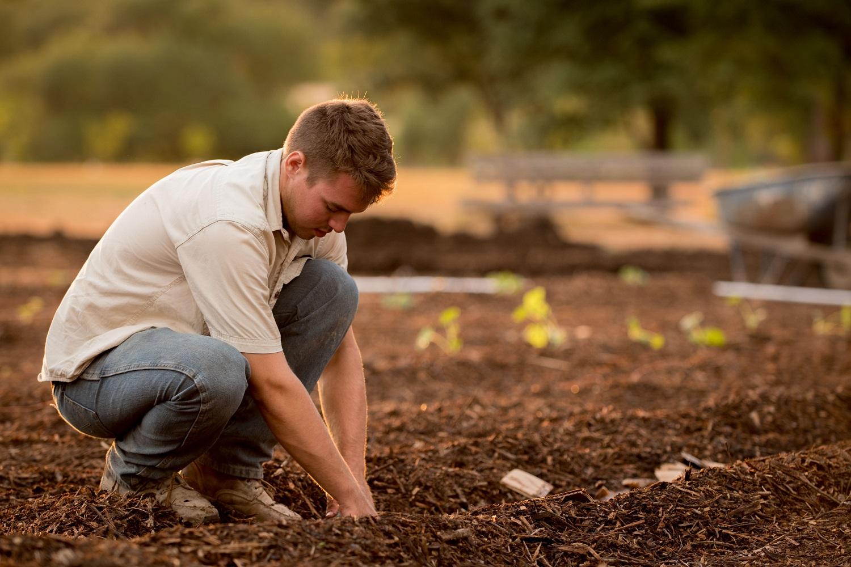 Priminimas sodininkams ir daržininkams – pats metas pasiskiepyti nuo stabligės