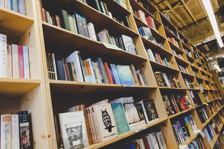 Diena be akcijų. Ar už knygas galėtume mokėti pilną kainą?