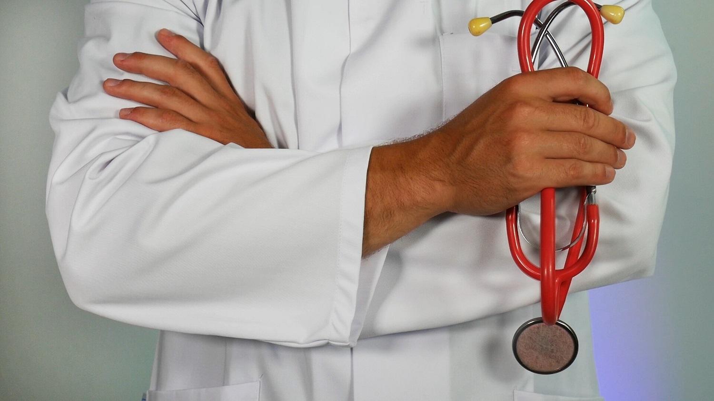 Iki 60 dienų ilginamas laikas užsiregistruoti gydytojo specialisto konsultacijai