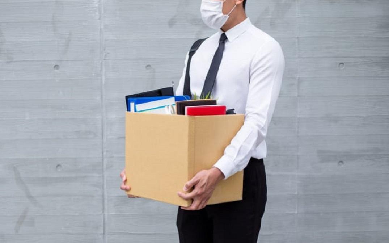 Kas daugiausia neteko darbo dėl COVID-19 pandemijos?