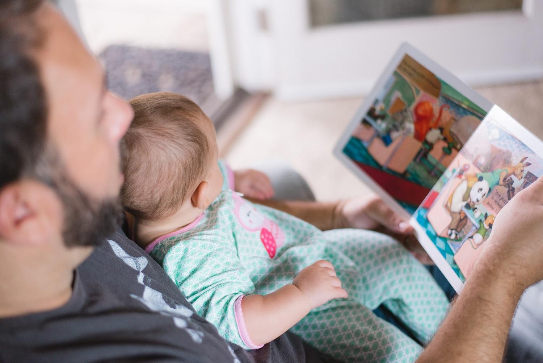 Ankstyvasis skaitymas: kodėl vaikams su knyga susipažinti verta jau nuo pirmųjų dienų?