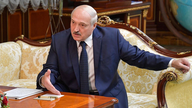 "G. Landsbergis: ""Baltarusija virsta vienu dideliu kalėjimu"""