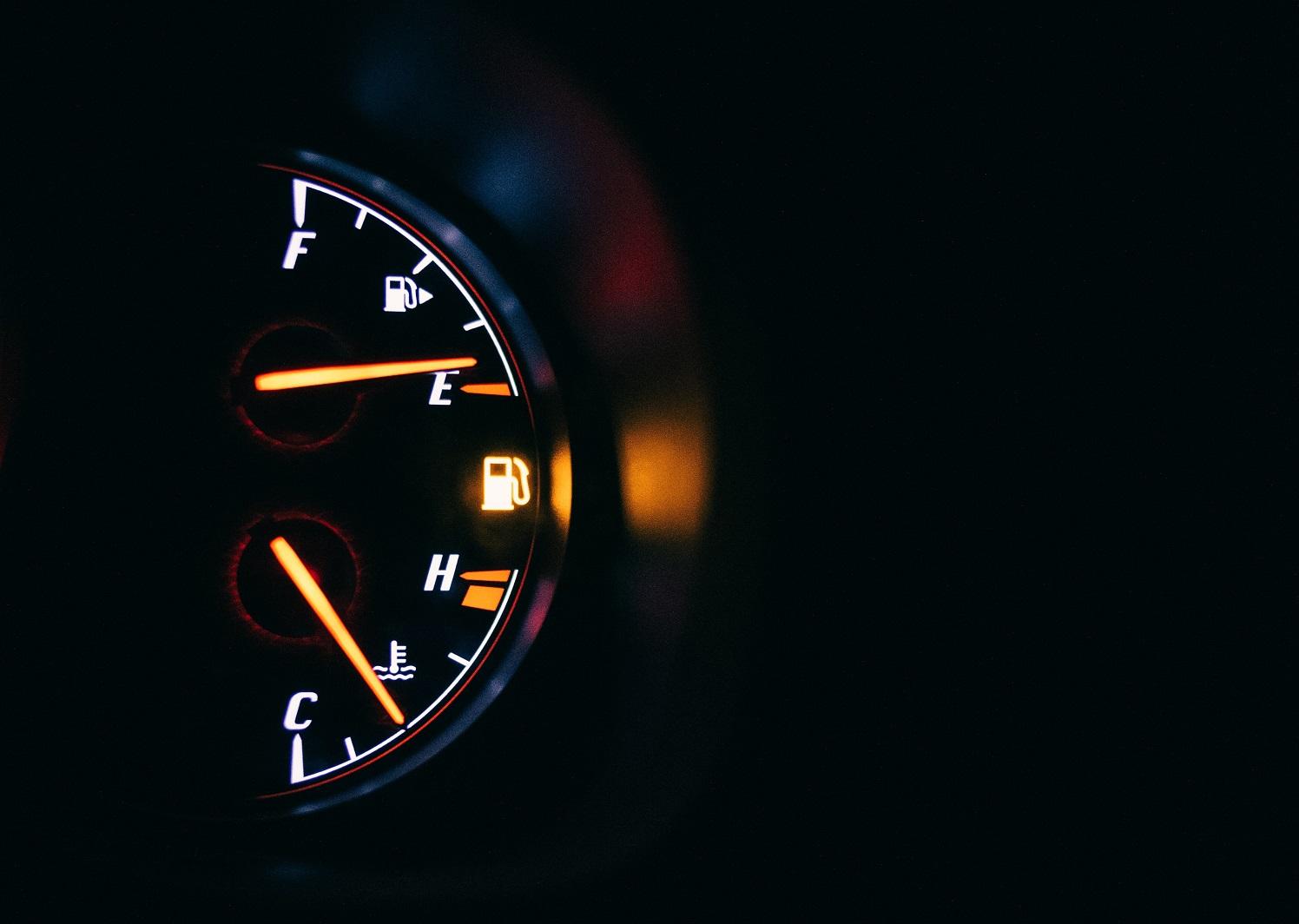 Degalų sektoriaus laukia proveržis: testuojamas benzinas iš atsinaujinančių žaliavų