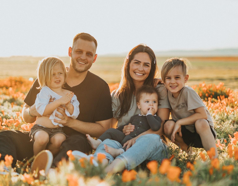 Psichologė pataria tėvams, kaip padėti vaikui apsiprasti su nauju šeimos nariu, atstojančiu vieną iš tėvų