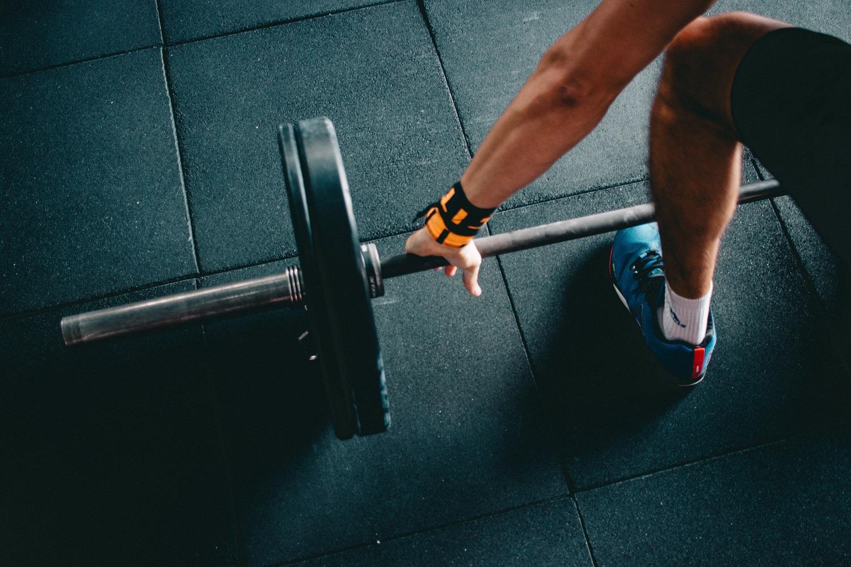 Atmintinė pradedantiems sportuoti: šie patarimai padės išvengti traumų