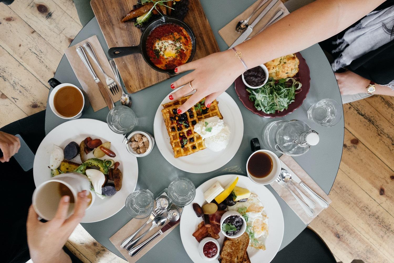Mityba vasaros sezonu – ką pataria dietologai?