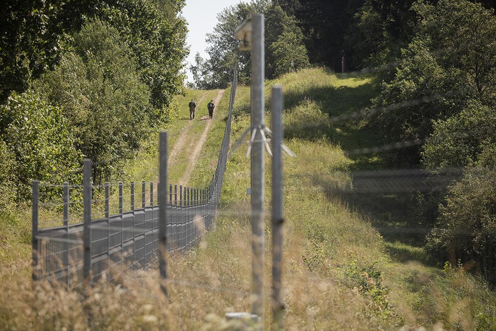 Griežtinamas valstybės sienos apsaugos ir atgrasymo režimas
