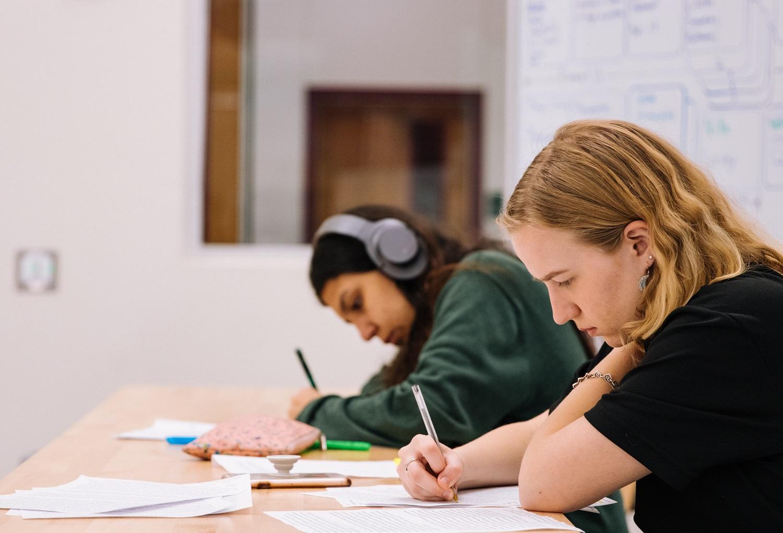Nepopuliariausi moksleivių laikomi egzaminai identifikuoja rimtas netolimos ateities darbo rinkos problemas