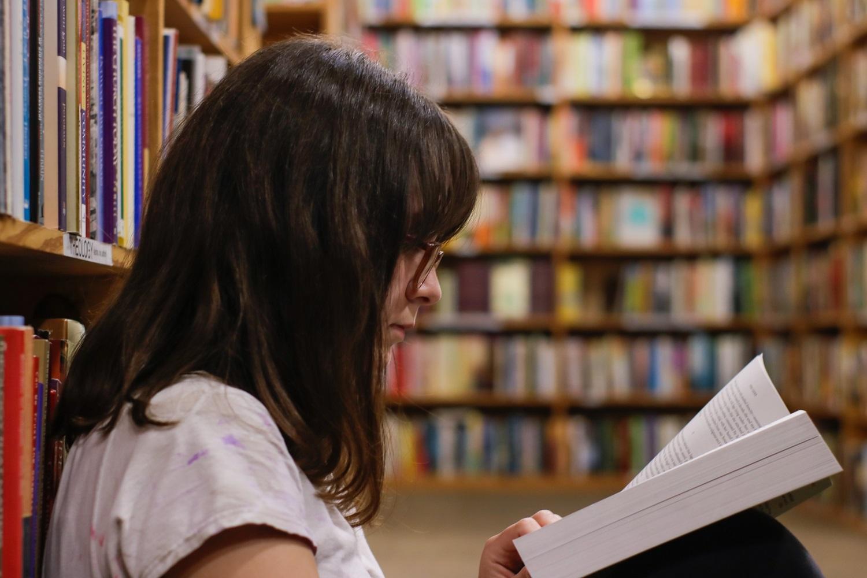 """Konkurso """"Mėgstamiausia vasaros knyga"""" dalyviai sukūrė įspūdingą rekomenduojamų knygų biblioteką"""