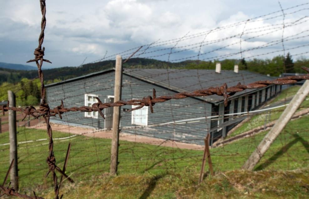 Archeologai tyrinėja Prancūzijoje buvusią nacių koncentracijos stovyklą: bandys sužinoti daugiau apie kalinių gyvenimą