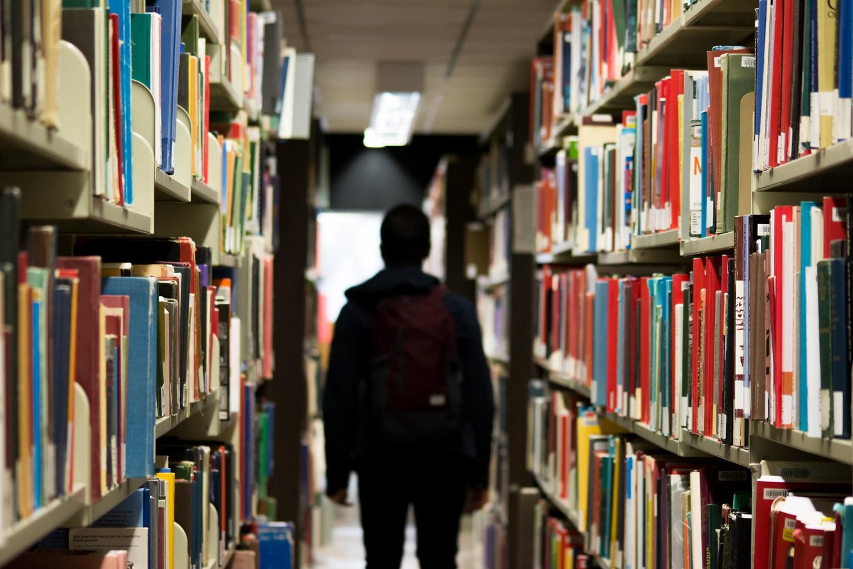 Stojantiesiems į aukštąsias mokyklas minimalių rodiklių pokyčius siūloma taikyti nuo 2024 m.