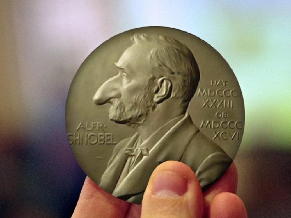 """JAV įteiktos """"Šnobelio"""" premijos už juokingus mokslo laimėjimus"""