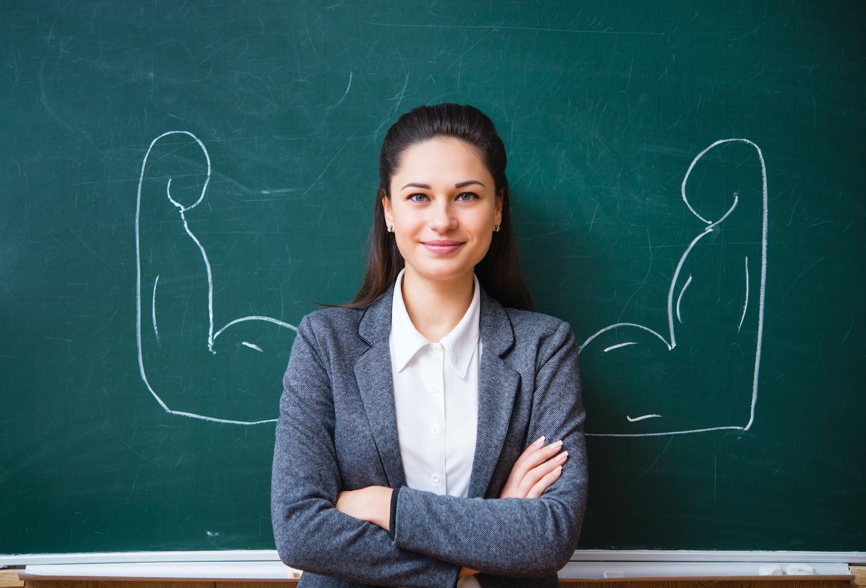 Mokytojo kelią renkasi daugiau jaunuolių, bet specialistų mokyklose trūks dar ilgai