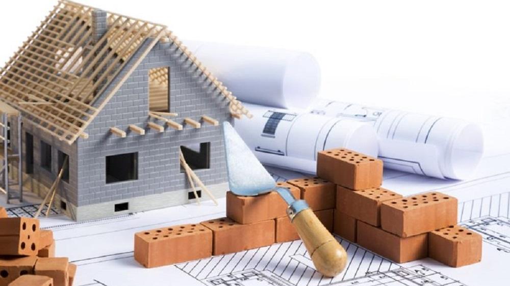 Didėjančios statybinių medžiagų kainos ir būsto rinka: trečdalis jau pakeitė planus