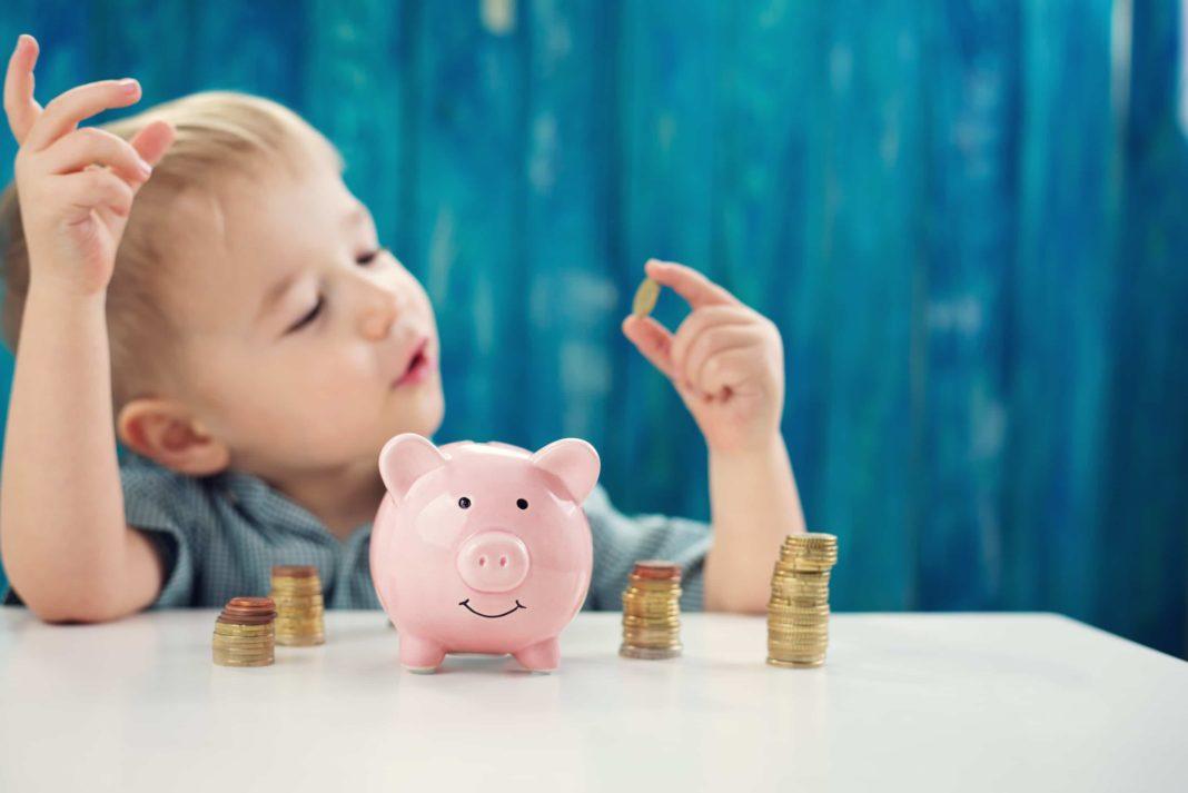 5 pamokos, padėsiančios išugdyti finansiškai raštingą vaiką