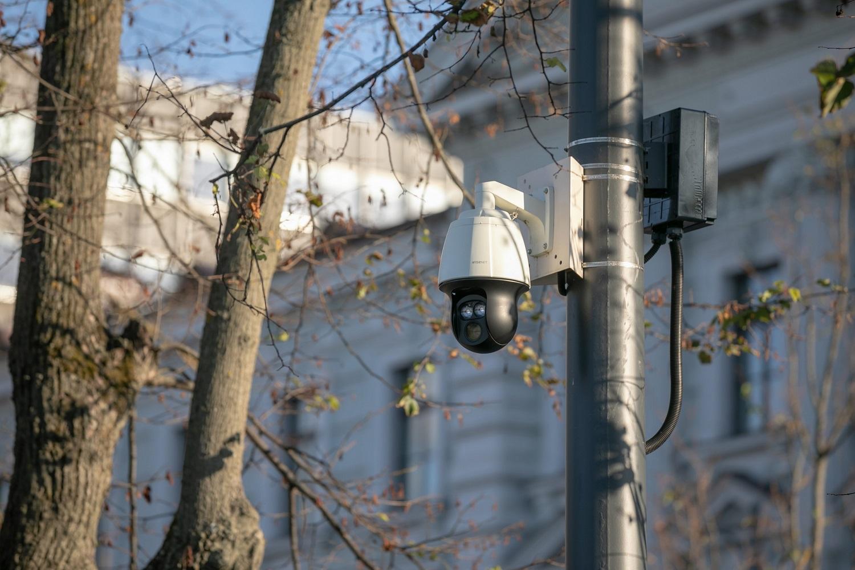 Dar daugiau vaizdo stebėjimo kamerų Vilniuje – 30 jų bus prie mokyklų