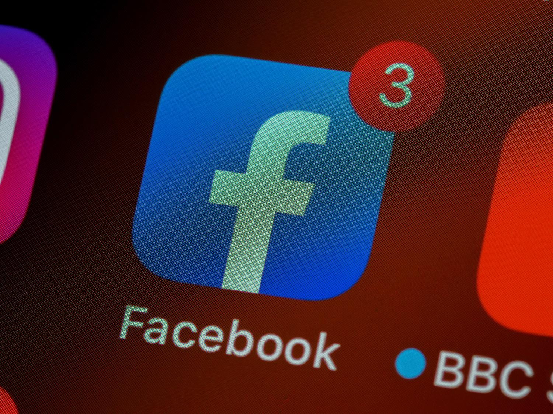 """""""Facebook"""", """"Instagram"""" ir """"Whatsapp"""" programėlės po sutrikimų visame pasaulyje vėl pradeda veikti"""