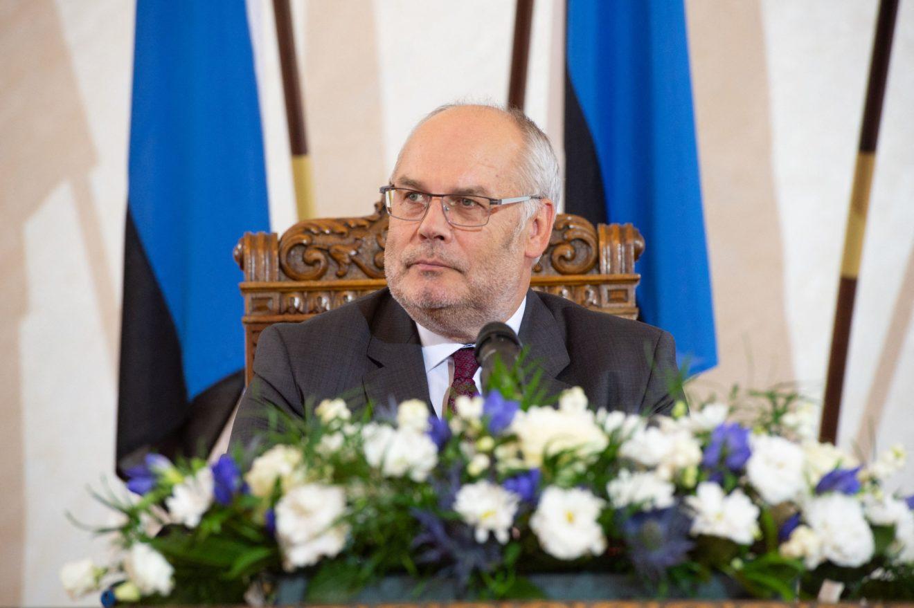 Prisaikdintas naujasis Estijos prezidentas A. Karisas