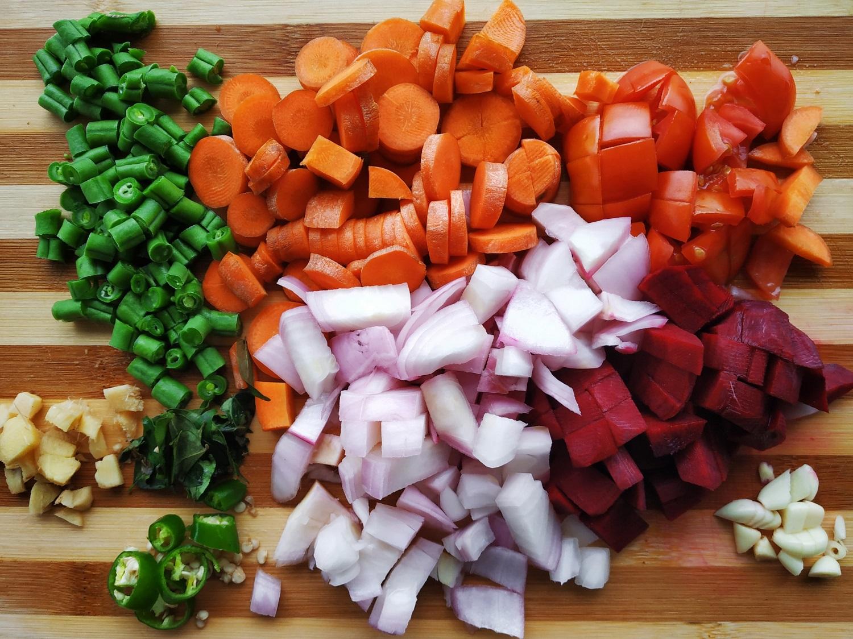 Maisto tinklaraštininkė atskleidė pagrindinę tėvų klaidą pratinant vaikus valgyti daržoves